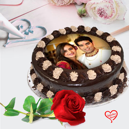 Adorable Gift of Chocolate Photo Cake with Single ... to Bolpur