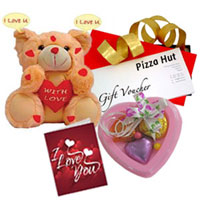Enticing Gift Hamper with Pizza Hut Gift Voucher to Patna