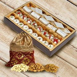 Irresistible Dry Fruits Potly with Assorted Haldiram Sweets to Belapur Road