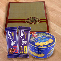 Classic Assorted Dry Fruits with Cookies N Chocolates to Ancharakandy