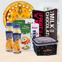 Celebration Hamper to Akola