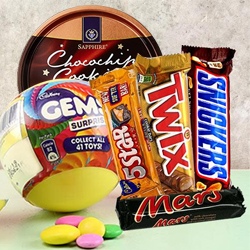 Enjoyable Seasons Greetings Chocolate Hamper to Adoni
