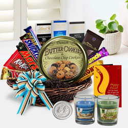 Delightful Chocolates Gift Hamper for Diwali to New Delhi