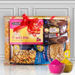 Remarkable Sweet n Sour Fusion Gift for Holi to Adoor