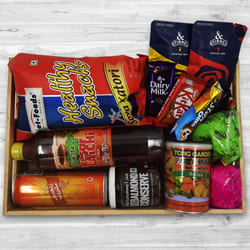 Exciting Holi Snacking Hamper to Aleppy