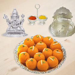 Puja Gift Special Pack with Ganeshji and Sweets to Baroda