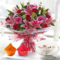 Desirable Convene of Flowers and Cake to Baghalkot