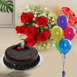 Finest 1 Kg Chocolate Cake with 6 Red Roses and 5 Balloons to Ambala