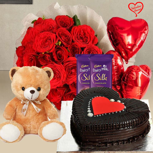 Sweet Touch of Your Love Valentine Hamper to Alwar
