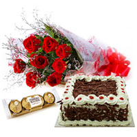 Delicious Cake, Divine Red Rose Bouquet and Yummy Ferrero Roacher to Chittoor