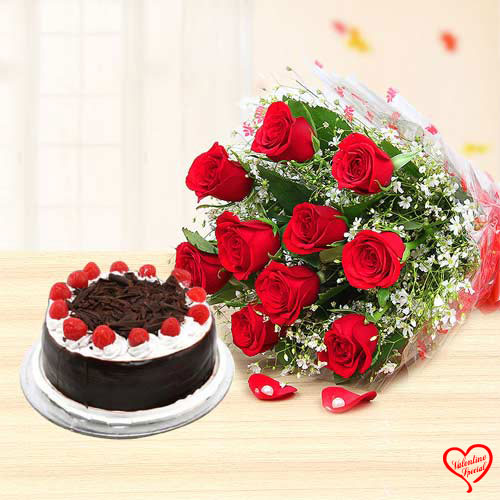 Red Rose N Black Forest Cake. to Bolpur