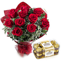 Yummy Ferrero Rocher with Red Roses Bouquet to Aligarh