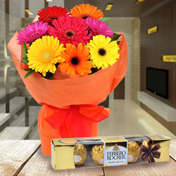Breathtaking Anniversary Combo Pack of Ferrero Rocher Chocolate and Gerbera Bouquet to Tirunelveli