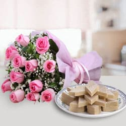 Exotic Pink Roses Bunch with Kaju Katli to Anantapur