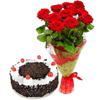Anniversary Precious Gift of Black Forest Cake and Bouquet of Red Rose to Ajmer