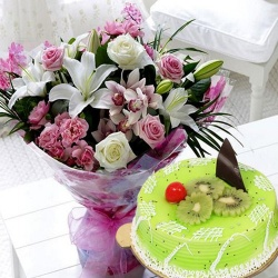 Mixed Flowers Bouquet with 1 kg Kiwi Cake to New Delhi