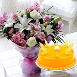 Mixed Flowers Bouquet with 1 kg Mango Cake to Chennai