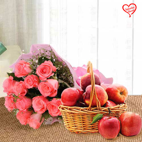 Delicious Fresh Apples Basket with Pink Roses Bouq... to Bolpur