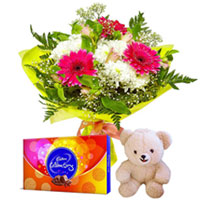 Midnight Delivery of Aromatic Flowers Bouquet with Small Teddy and Cadbury Celebration to Calicut