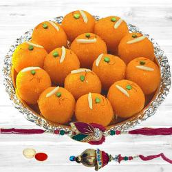 Attractive Bhaiya Bhabhi Rakhi with Boondi Ladoo to Ajmer