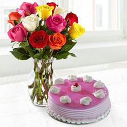 Luscious Cake n Roses for Mom to Amalampuram