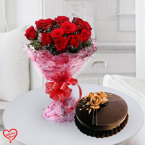 12 Dutch Red Roses with Taj / 5 Star Bakery Cake to Surat