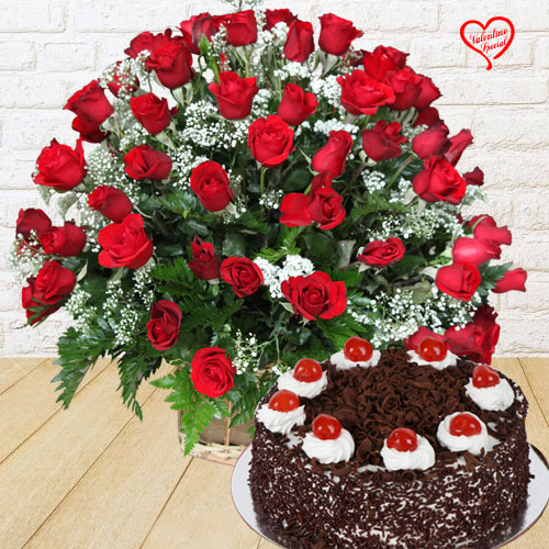 Dutch Red Roses with Black Forest Cake to Aligarh