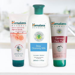 Himalaya Herbal 3-in-1 Face Care pack to Varanasi