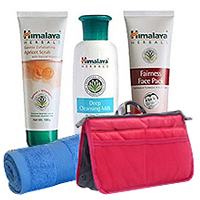 Charming Display of Himalaya Herbal 3-in-1 Face Care Pack Hamper to Varanasi
