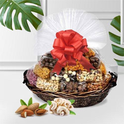 Fantastic Mixed Dry Fruits Basket for Mom to Alwar