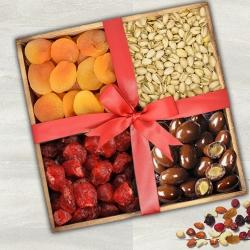 Exclusive Dry Fruits Gift Tray to Adugodi