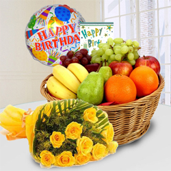 Marvelous Fresh Fruits Basket with Yellow Rose Bouquet to Berhampur