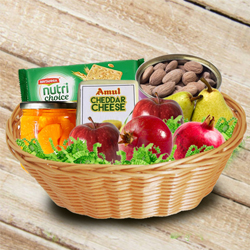 Delectable Basket of Fresh Fruits n Assortments to Ajmer