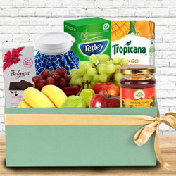 Enticing Box of Fresh Fruits N Assortments to Aleppy