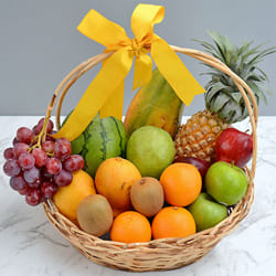 Natures-Bounty Fresh Fruits Gift Basket to Agra