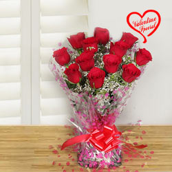 Bouquet of spectacular Red Roses to Cochin