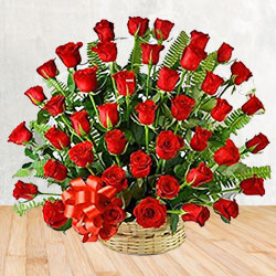 Pretty collection of 50 Red Roses to Calcutta