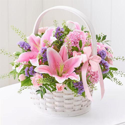 Gorgeous arrangement of fresh Lilies to Bellary