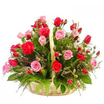 Classy Red and Pink Roses Arrangement to Trivandrum