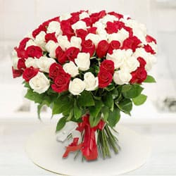 Vivid Magnificence Red  N  White Roses Premium Bouquet to Chennai