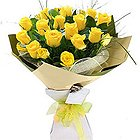Sophisticated Spirit of the Season Yellow Roses Bunch to Chennai