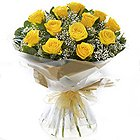 Special Designers Choice Yellow Roses Bunch to Surat