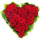 Precious Bouquet of Dutch Roses in Heart Shape to Vasco