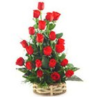Fresh Beauty of Roses in Red Colour to Trivandrum