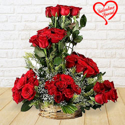 Infinite Sparkle Valentine�s Day Rose Collection to Cochin