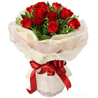 Elegance Red Rose Bouquet to Hoshiarpur