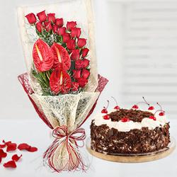 Captivating Red Roses n Anthodium Bouquet with Black Forest Cake to Ahmadnagar