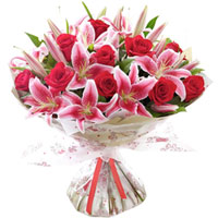 Exquisite Hand Bunch of Pink Lilies & Red Roses