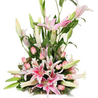 Ravishing Bouquet of Pink Lilies & Pink Roses