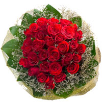 Designer Red Roses Hand Bunch